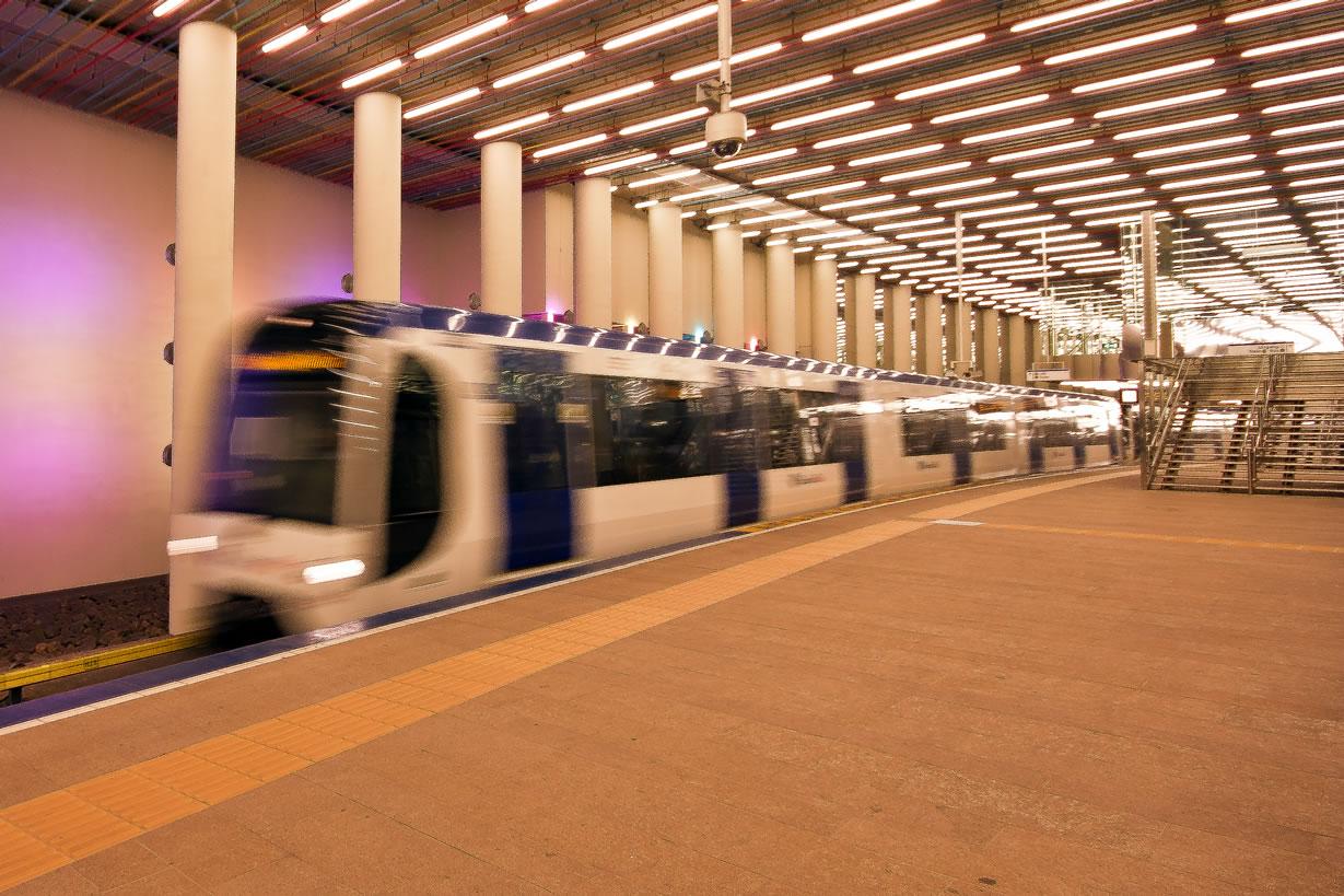 Metro station Rotterdam Centraal (2)