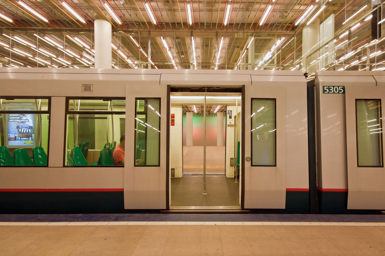 Metro station Rotterdam Centraal (3)