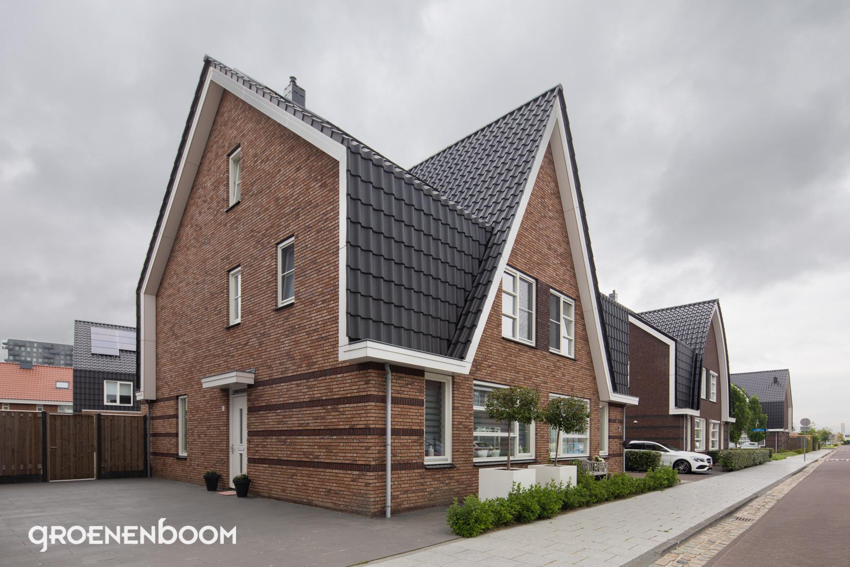 Groenenboom-Schildersbedrijf-project-Spijkenisse-Het-Land2